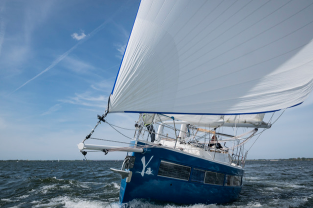 picture showing fossilfree sailing yacht Ya